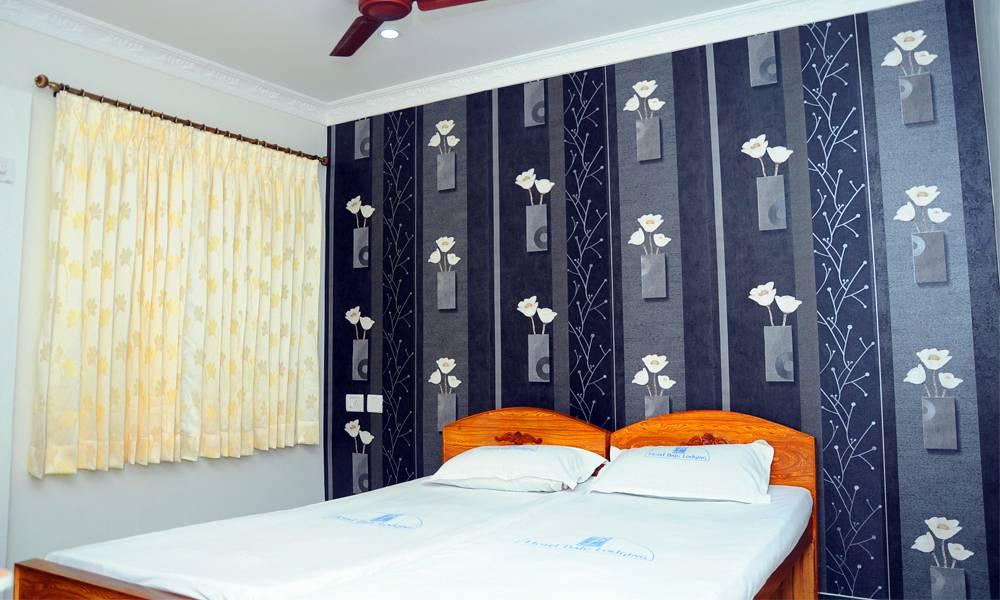 Room 6(2)